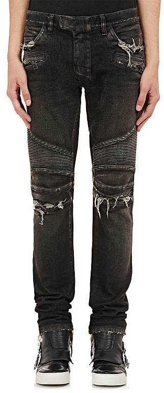 What Jeans Do Rappers Wear?